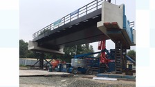 New bridge on a multi-wheeled lifting rig
