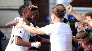 Premier League: Crystal Palace 0-2 Swansea - Abraham and Ayew on the scoresheet
