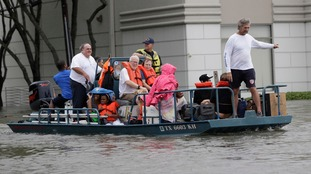 Boat-owning volunteers rally to rescue people trapped in Houston flooding