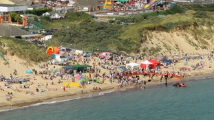 The fine bank holiday weather has had thousands flocking to East coast beaches.