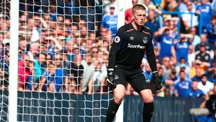 Everton 'keeper Pickford withdraws from England squad