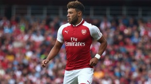 Liverpool have opened up talks over a deal for Oxlade-Chamberlain.