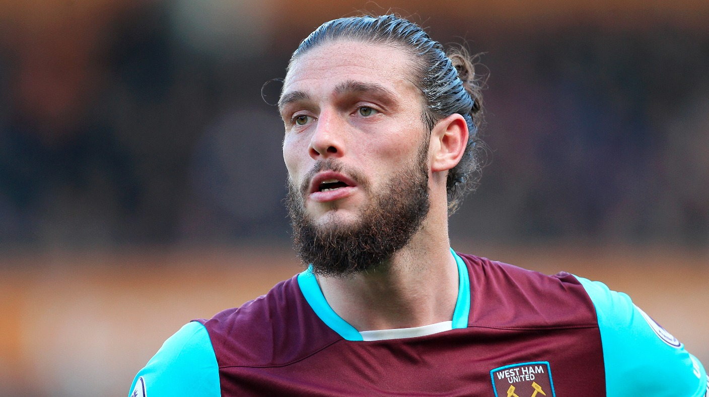 Andy Carroll s bad decision angers West Ham boss Slaven Bilic