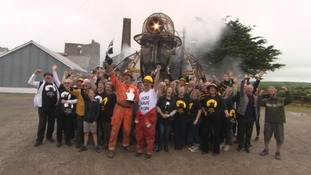 David Baddiel joined the Man Engine team to present the award on behalf of the National Lottery.