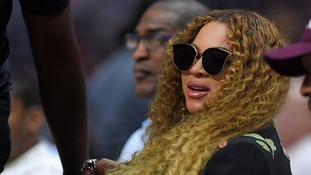 Beyonce joins volunteers to serve lunches to Hurricane Harvey victims