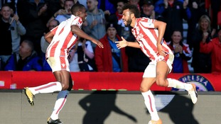 Choupo-Moting brace holds Manchester United at Stoke