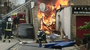 Gas explosion causes chaos in Camberwell