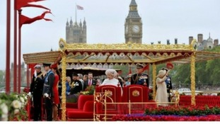 The Queen and other members of the Royal family onboard the Spirit of Chartwell during the Diamond Jubilee Pageant