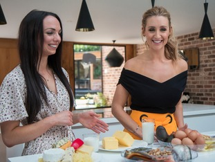 Catherine Tyldesley is joined by dietitian Nichola Ludlam-Raine in Fat: The Healthy Option?