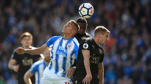 Premier League: Huddersfield and Leicester share points