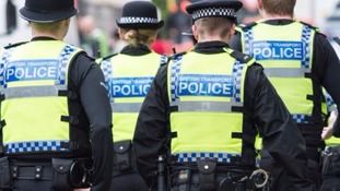 The government has announced it will increase police pay.