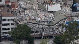 Desperate search for Mexico earthquake survivors