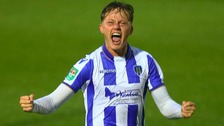 Frankie Kent is staying at Colchester United.