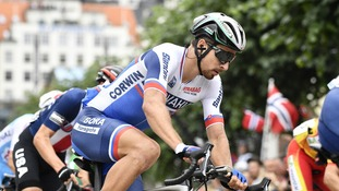 Peter Sagan banishes Tour de France controversy by winning third straight world title