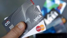 Labour pledges to cap credit card interest