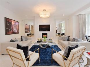 Inside the four bedroom flat on Parkside, overlooking Hyde Park