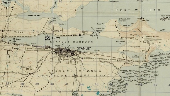 A map showing British forces surrounding Port Stanley in 1982 during the conflict.