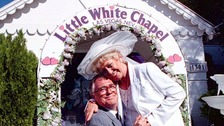 Jack (Bill Tarmey) asks Vera (Liz Dawn) to tie the knot again during the filming of a Coronation Street Video Special in Las Vegas.