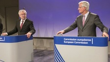 David Davis and Michel Barnier during the press conference.