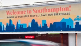 Campaigners 'advertise' Southampton's pollution levels