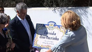 Mourinho attends ceremony renaming home town street in his honour