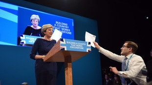 Leader of Welsh Conservatives shows support for PM following key speech