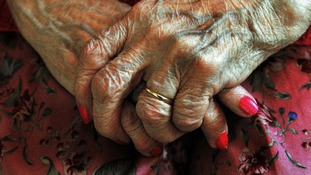 Thousands 'unaware' of possible nursing care refund