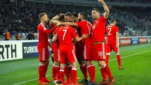Ledley urges Wales to keep calm ahead of Republic of Ireland clash