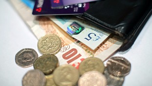 Old pound coins to be accepted at shops including Tesco and Poundland during 'transition period' - as deadline looms