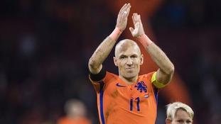 Holland captain Arjen Robben announces retirement from international football