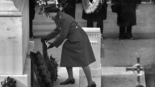 The then-princess Elizabeth lays a wreath at the 1946 memorial.
