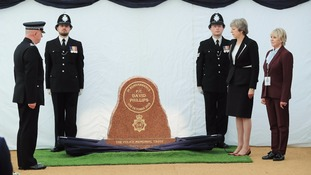 "Merseyside PC Dave Phillips represented ""everything we treasure"" in the force, PM tells memorial"