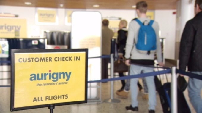 hand baggage allowance