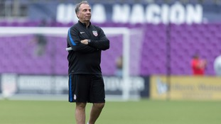 Bruce Arena steps down as United States football after failure to qualify for the World Cup