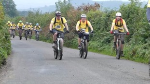 Thousands of cyclists complete Tour de Moor