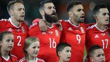 Wales sing anthem