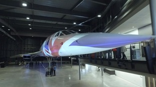 Last Concorde goes on display to public