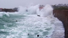 Tide warnings for Guernsey's west coast