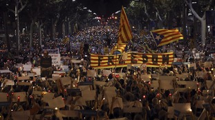 Catalonia will declare full independence if Spain does not hold talks.