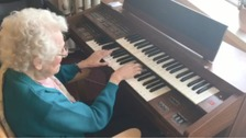 Boro players inspire dementia patient to play the organ