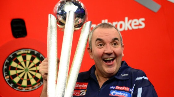 Phil Taylor picked up a 200,000 cash prize for winning.