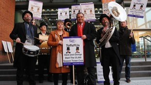 Maria Eagle joins TSSA General Secretary, Manuel Cortes and other rail campaigners from the transport union as they demonstrate