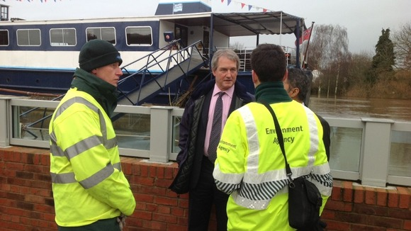 Environment Secretary meets Environment Agency workers