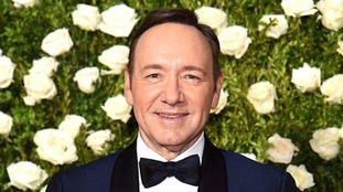 Kevin Spacey has said he now chooses to live as a gay man.