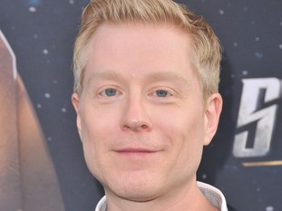 Broadway star Anthony Rapp claims Spacey made sexual advances to him when he was 14.
