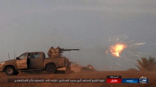 This photo allegedly shows IS fighters attacking state troops.