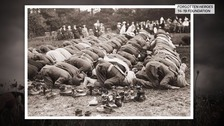 Muslim solders pray close to the battlefield
