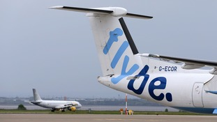 Praise for pilot who successfully landed Flybe plane without nose gear