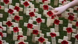 Islands pay respects for Remembrance Sunday