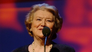 Dame Patricia Routledge repays 'wonderful' Stockport nurses